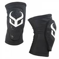 Защита колена Demon Knee Guard Soft Cap Pro 17/18