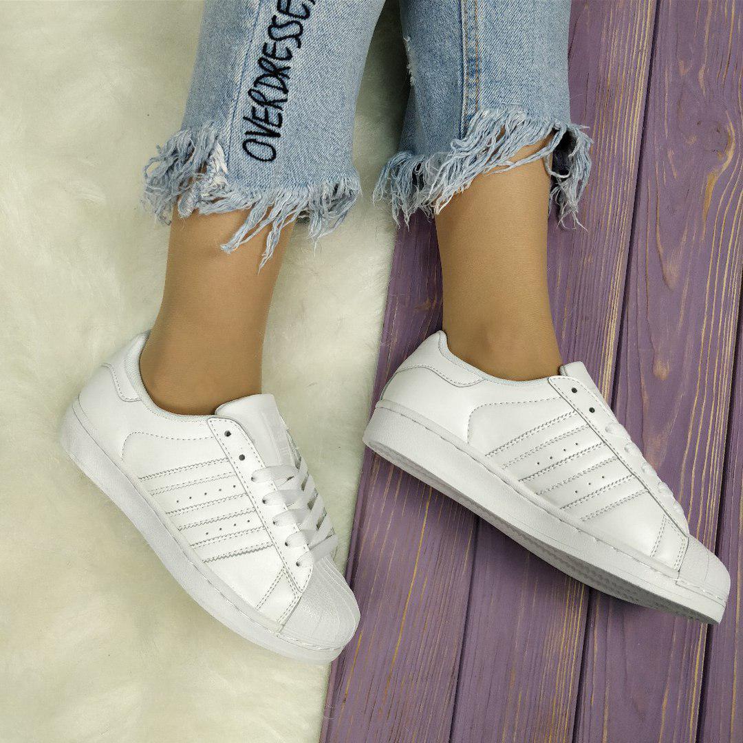 Женские кроссовки в стиле Adidas Superstar (39, 40 размеры)
