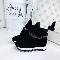 Замшевые женские ботиночки зимние