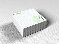 Бумага для записей 90х90мм Мелованная бумага 115 гр/м.кв) (Тираж  : 1000; )