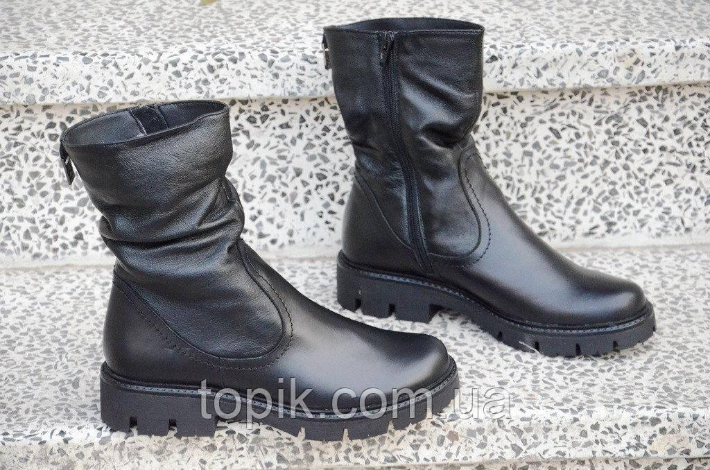 Ботинки, полусапожки женские зимние натуральная кожа, мех черные практичные (Код: 895а)
