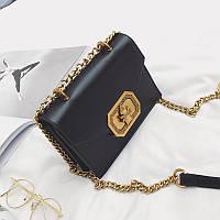 Модная женская небольшая сумка на плечо черного цвета