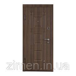 Входная дверь ПО-02 орех белоцерковский