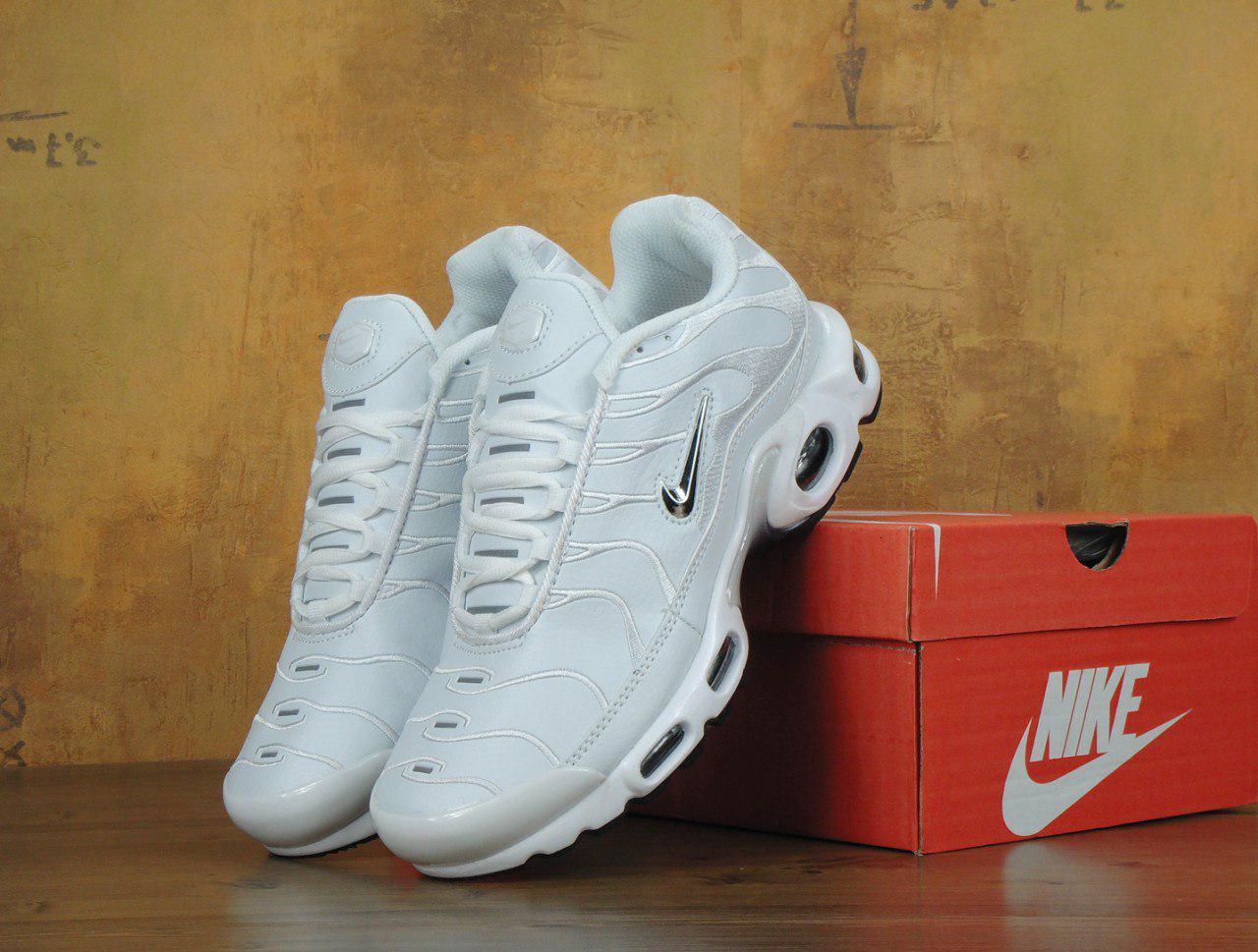 Мужские кроссовки Nike Air Max TN White топ реплика