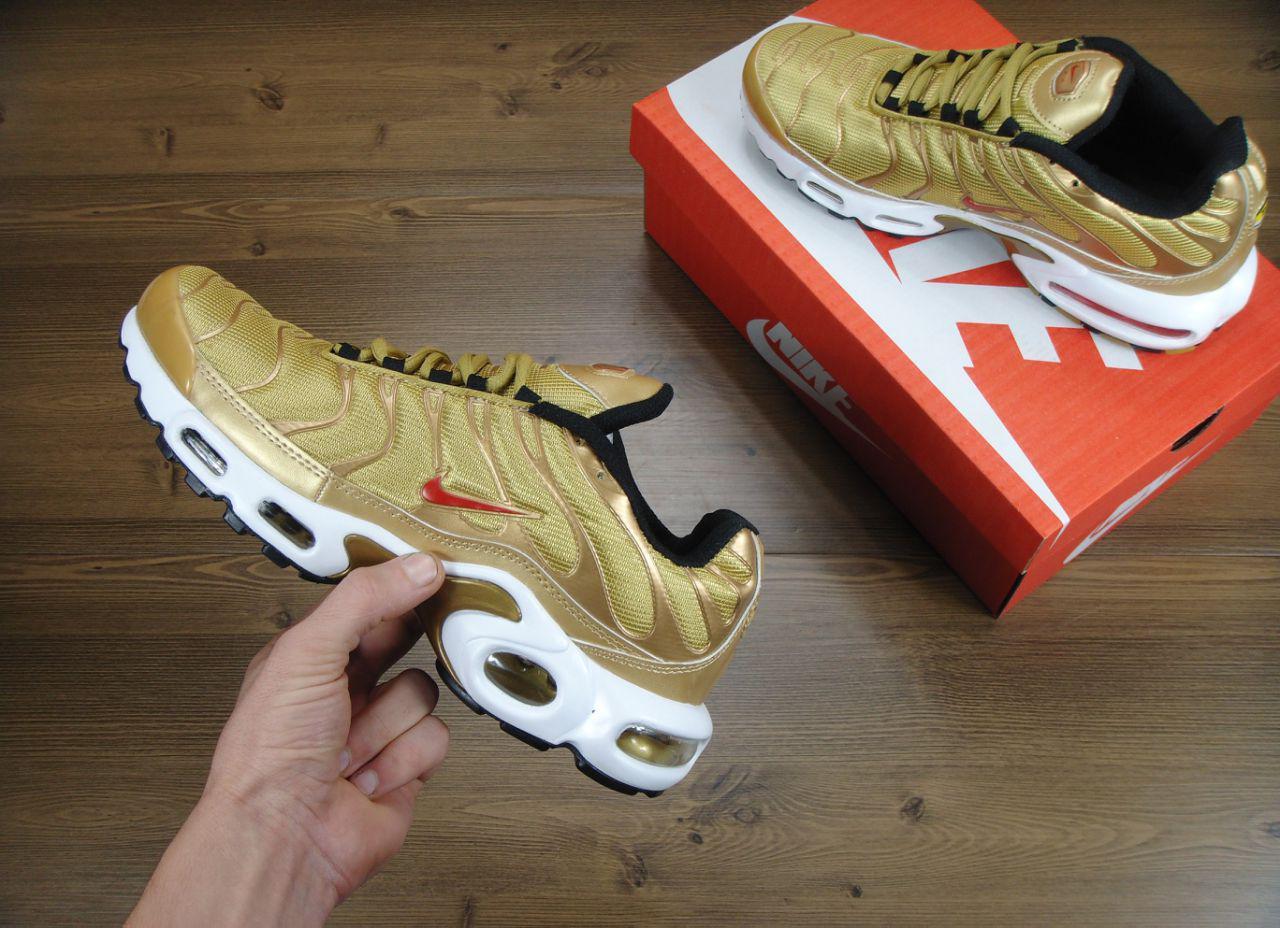 Кроссовки Nike Air Max TN Gold золотистые топ реплика