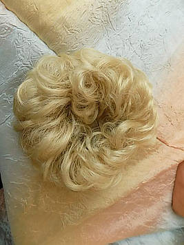Резинка-шиньон из волос яркий блонд 977-24Н613