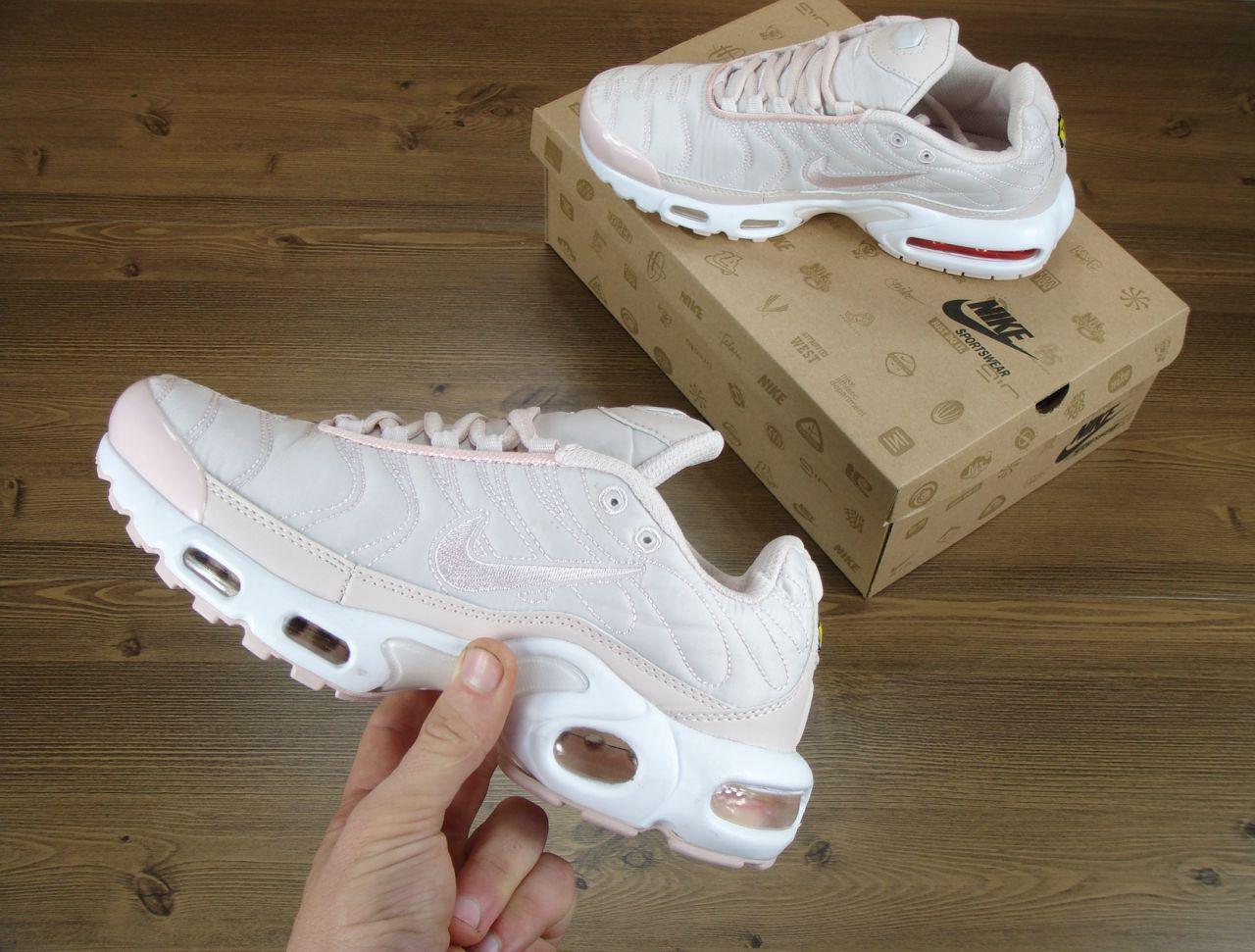Кроссовки женские Nike Air Max TN нежно розовые топ реплика