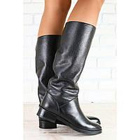 Демисезонные сапоги женские кожаные на низком ходу, черного цвета Код: 2832