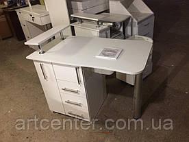 """Маникюрный стол с ящиком """"карго"""", выдвижными ящикамии полочкой для лаков"""