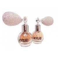 Рассыпчатый хайлайтер-пудра Kylie