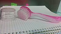 Щетка-сметка для маникюра,, круглая с ручкой