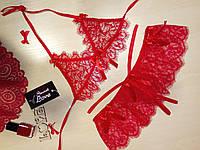 Эротичный кружевной комплект женского белья красный