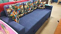 Прямой выкатной диван для отдыха с нишами для белья