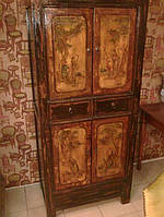Старинный китайский шкаф