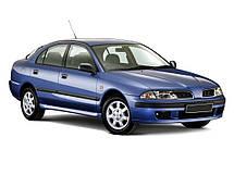 Лобовое стекло Mitsubishi Carisma 1995-2003