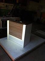 Ресепшн, стойка администратора с подсветкой
