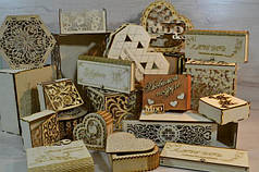 Деревянные шкатулки и коробки.