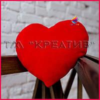 Подушки в виде сердца с Вашим логотипом (под заказ от 100 шт)