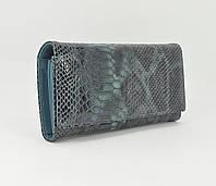 Кожаный кошелек женский 164 серо-голубой лаковый, рептилия