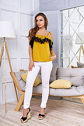 """Красивая летняя блузка с воланом и кружевом открытые плечи """"Илона"""" горчичного цвета"""