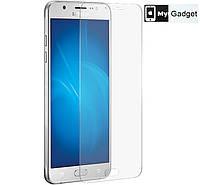 Защитное стекло на Samsung Galaxy J7