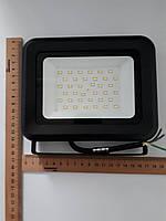 Прожектор LED 30 Ватт белый (черный) GALAXY
