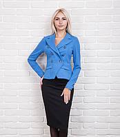 Стильный женский пиджак в офисном стиле цвета джинс