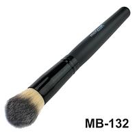 Кисть для тональной основы, пудры, румян, бронзатора maXmaR MB-132