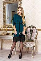 """Элегантное платье-футляр с отделкой из велюра и оборками внизу """"Роберта"""" (зеленый)"""