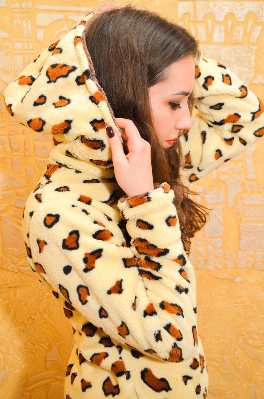 Красивая теплая пижама женская с леопардовым принтом