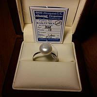Серебряное кольцо с белым жемчугом