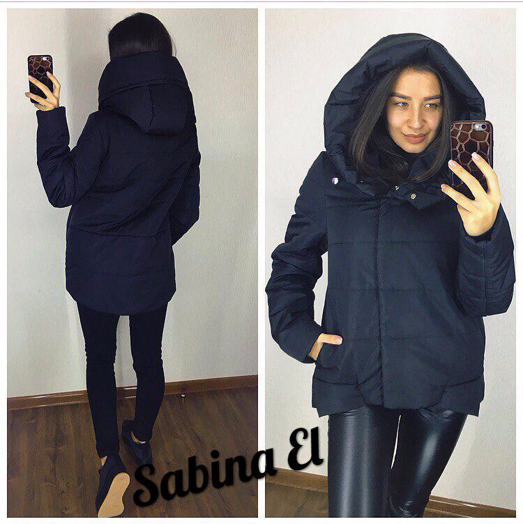 Короткая демисезонная женская куртка с капюшоном 70161