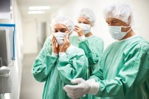 Американский журнал Forbes опубликовал рейтинг болезней, лечение которых является самым дорогостоящим в США.