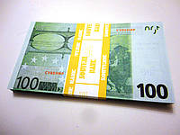 Сувенирные 100 евро пачка