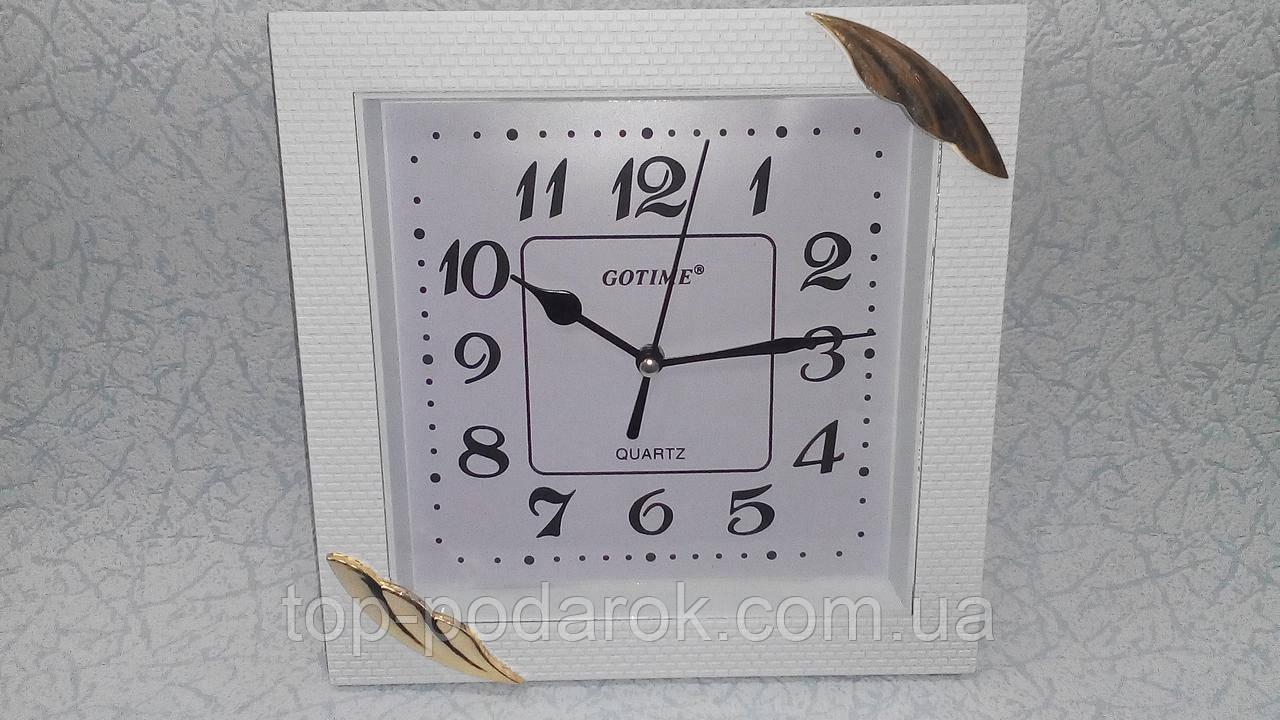 Настенные часы размер 22*22 см