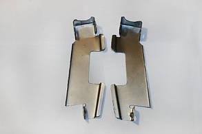 Кронштейн решетки радиатора 2107, пара Самара
