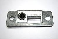 Планка замка багажника 1102 с пластмассовой втулкой