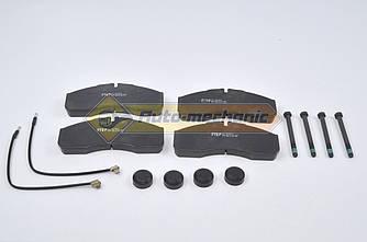 Дисковые тормозные колодки на Renault Master II 2005->2010  3.0dCi - FTE (Германия) - BL1945A2