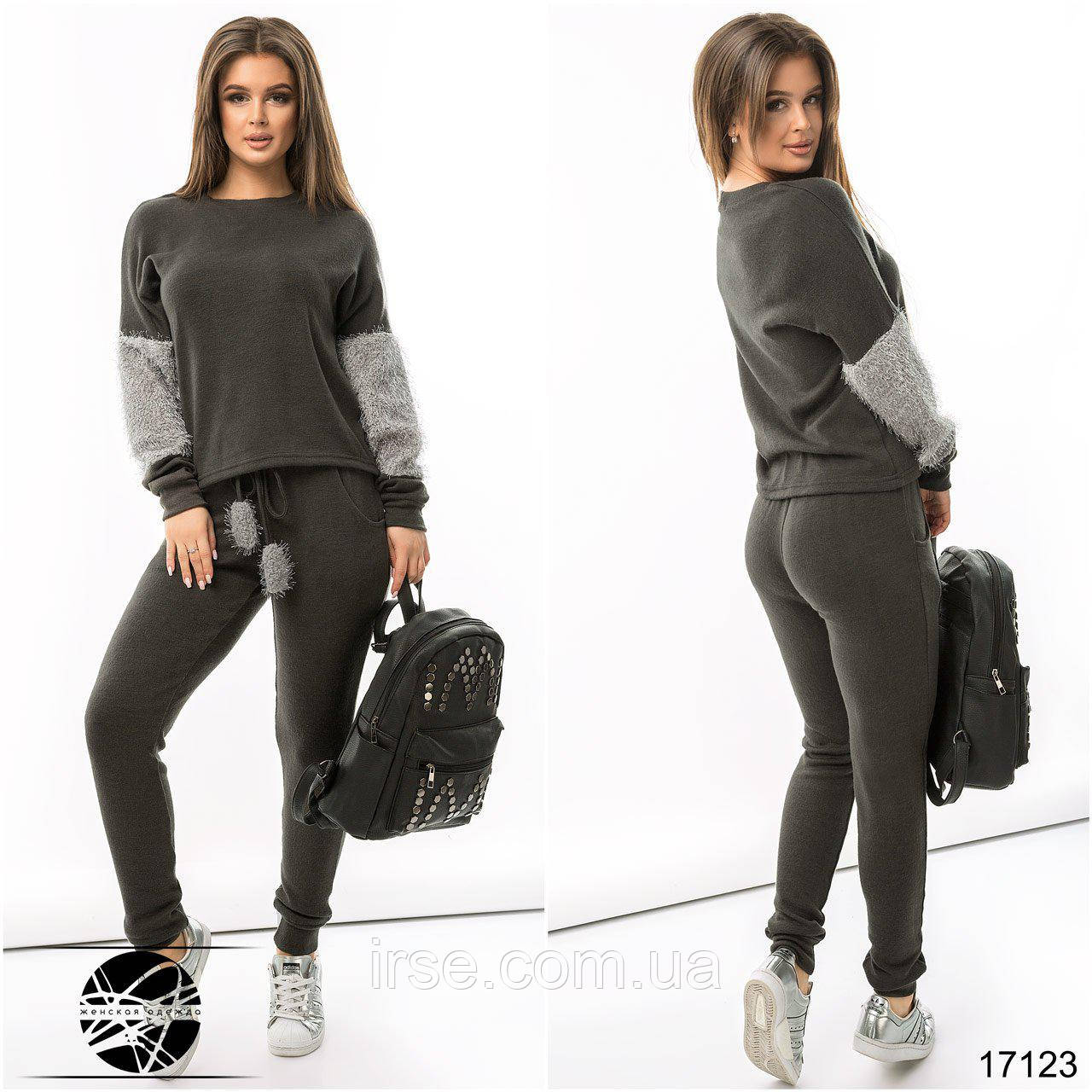 3f36610a434 Купить Стильный женский спортивный костюм серого цвета. Модель 17123 ...