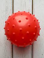 Массажный мячик 10 см красный