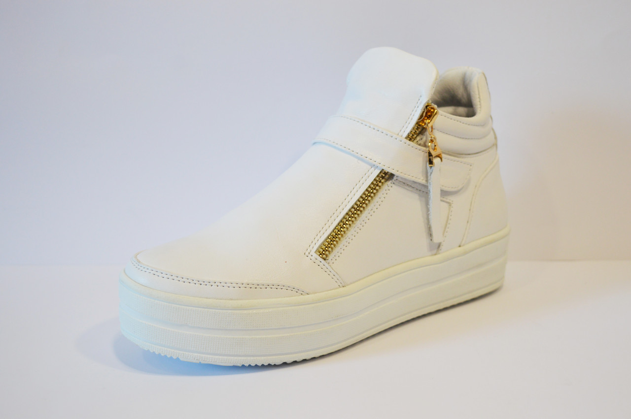 Ботинки белые женские Olli 1504