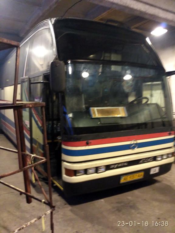 Изготовление и установка стекла на Mercedes Benz O 404 R 15 Ajats Atlas в Никополе