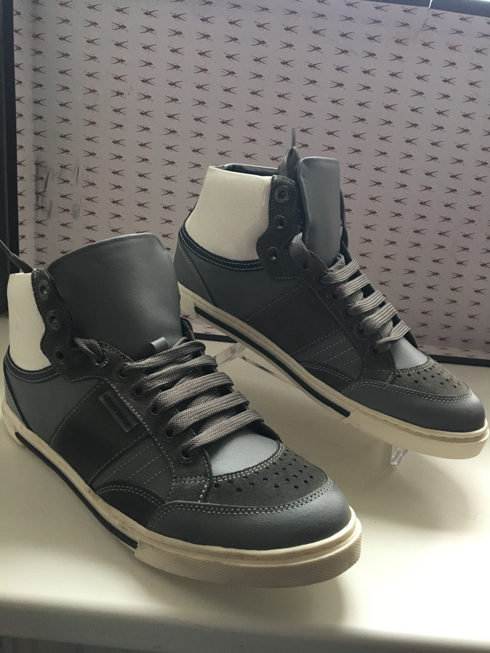 Кроссовки мужские кожаные темно-серого цвета высокие демисезонные Antony Morato