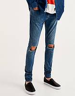 Джинси Pull and Bear - Cинего цвета и порезами на коленях (мужcкие джинсы)