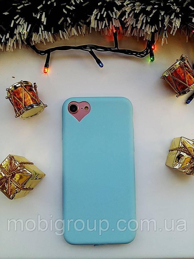 Чехол с сердцем на камере iPhone 8