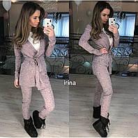 Женский костюм брюки и удлиненная кофта на запах с поясом