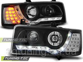 Фары VW T4 90-03.03 TRANSPORTER DAYLIGHT BLACK LED INDICATION