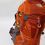 Спортивный рюкзак The North Face 40 л стильный яркий оранжевый, фото 2