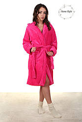 Красивый молодежный махровый халат розового цвета