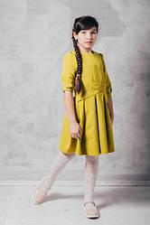 Яркое детское пышное платье с поясками на талии